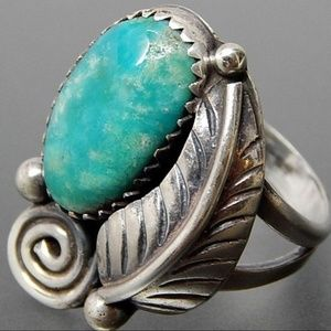 Jewelry - VintagE BOHO Turquoise Ring with Feather